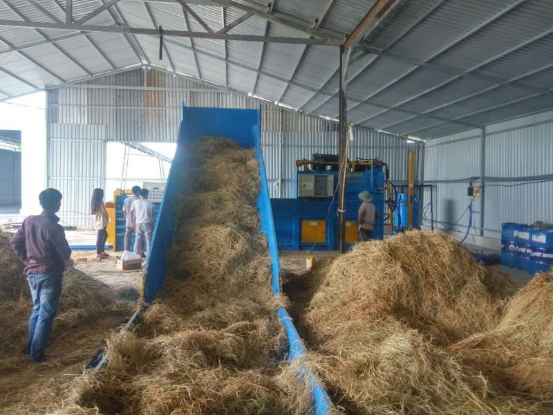 Features of straw baler